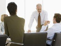 """Các CEO sử dụng thời gian của mình như thế nào? Phần 3: """"Bể cá"""" phòng họp"""