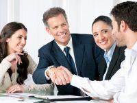 """Kỹ năng bán hàng: Đừng bỏ qua cuộc gặp """"mặt đối mặt, tay bắt tay"""""""