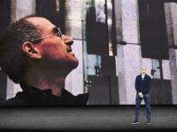 Ai sẽ thay thế Tim Cook quản lý đế chế Apple nghìn tỉ USD?