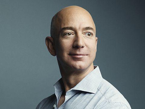 Jeff Bezos - Người giàu nhất hành tinh