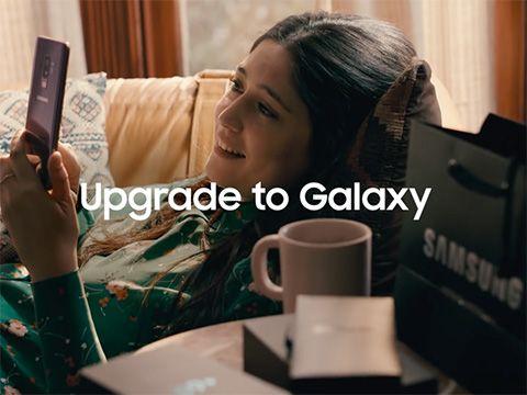 Samsung tung quảng cáo Galaxy S9 đá xoáy Apple