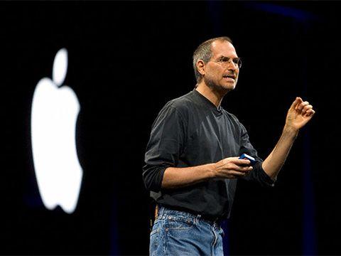 Tỷ phú Richard Branson nghĩ gì về Steve Jobs?