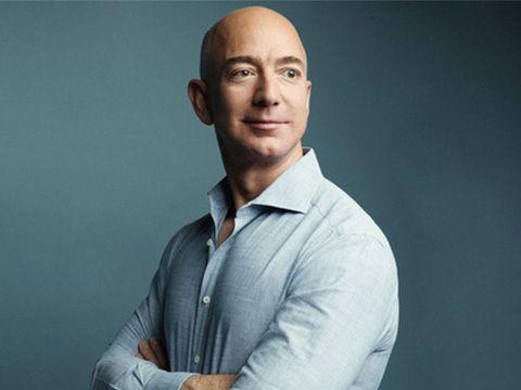 Tài sản của Jeff Bezos vượt 143 tỷ USD