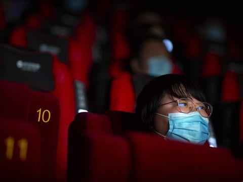 Rạp phim trong thảm hoạ COVID-19
