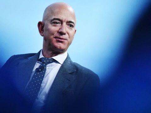 Jeff Bezos không còn là CEO của Amazon