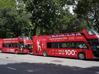 Vincom khởi động lễ hội mua sắm Đỏ với Luxury Roadshow cực ấn tượng