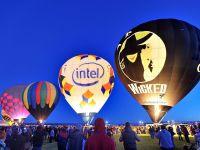 Quảng cáo trên khinh khí cầu: Độc lạ và ấn tượng