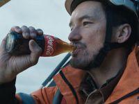 #HolidaysAreComing - Quảng cáo Giáng sinh cảm động từ Coca-Cola